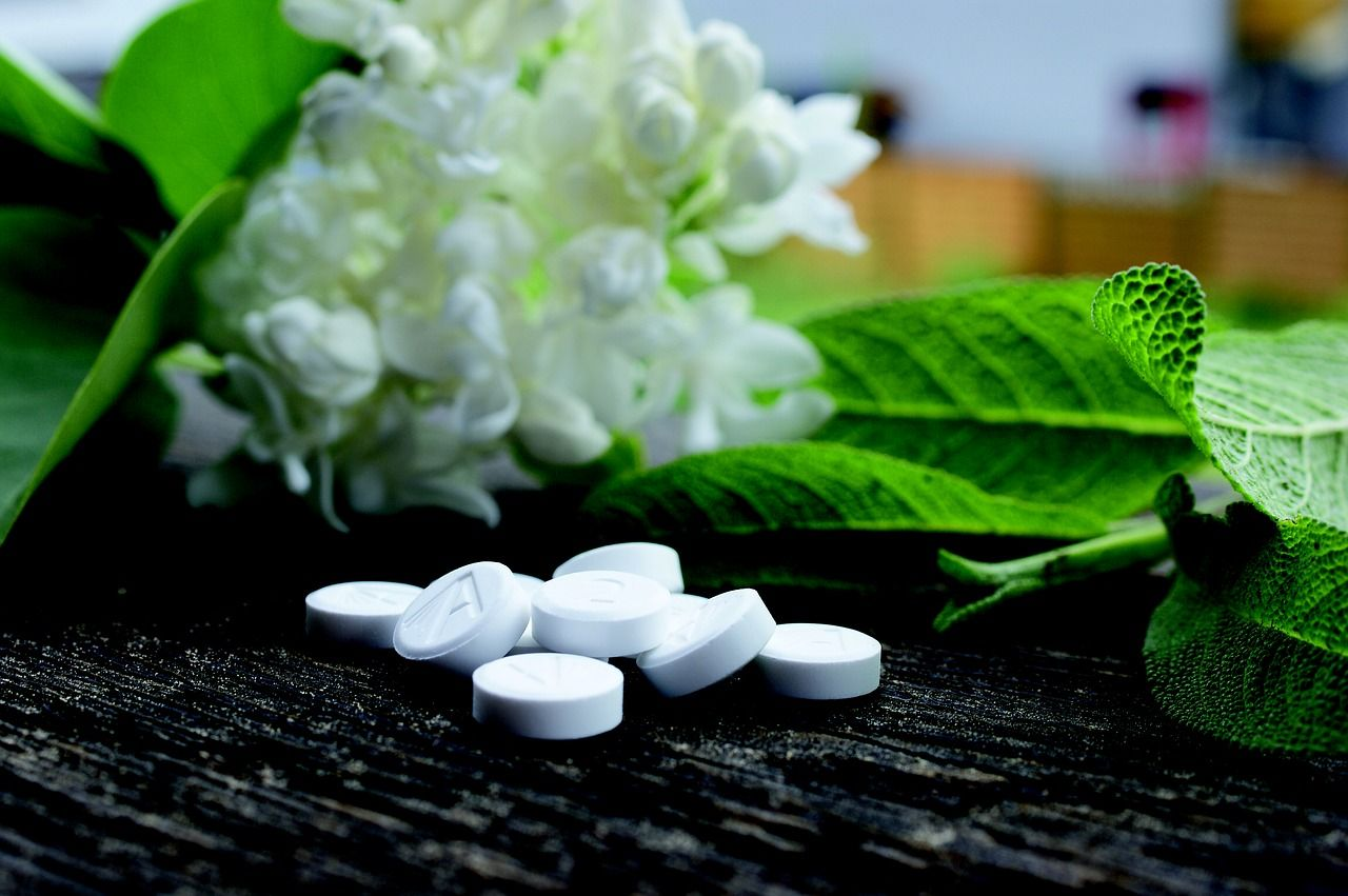 menopausal syndrome, menopause management, menopause herbs, menopause remedies, perimenopause remedies, menopause syndrome, menopause natural remedies, PMS remedies, hormonal balance, mood swings, fertility, hot flashes, maca root benefits, vitex, night primrose benefits, homeopathy for menopause, homeopathic remedies #menopause #menopauseremedies #herbalremedies #menopausemanagement